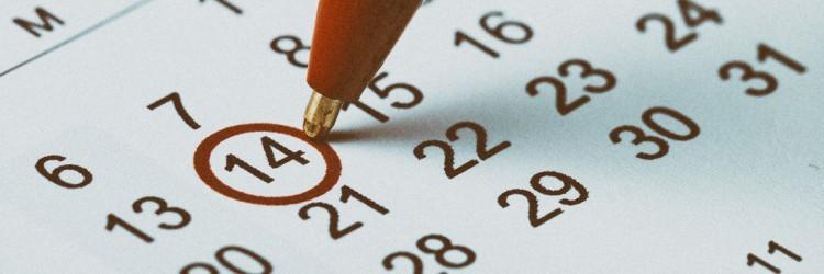 Kalender mit eingekreistem Datum, Markierung von HR Veranstaltungen